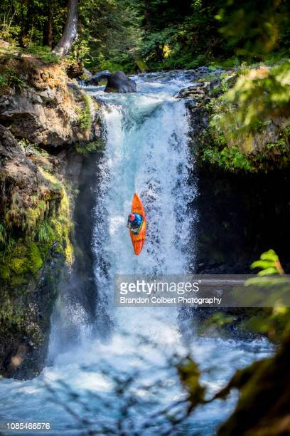 fall in oregon - extreme sports stock pictures, royalty-free photos & images
