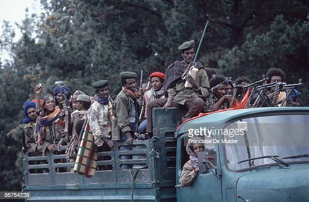 Fall of Addis Ababa Fighters of the FDRPE revolutionary democratic Forehead of the Ethiopian people On 1991 FDM255 encore 6