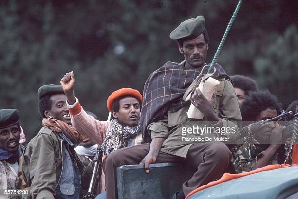 Fall of Addis Ababa Fighters of the FDRPE Revolutionary democratic Forehead of the Ethiopian people on a Russian tank On 1991 FDM255 ENCORE 16