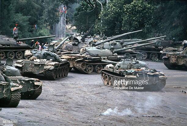 Fall of Addis Ababa Fighters of the FDRPE Revolutionary democratic Forehead of the Ethiopian people on Russian tanks On 1991 FDM26018