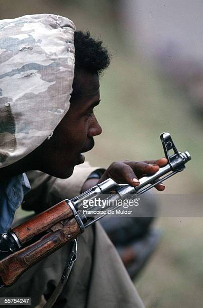 Fall of Addis Ababa Fighting of the FDRPE Revolutionary democratic Forehead of the Ethiopian people with a kalachnikov On 1991 FDM2558