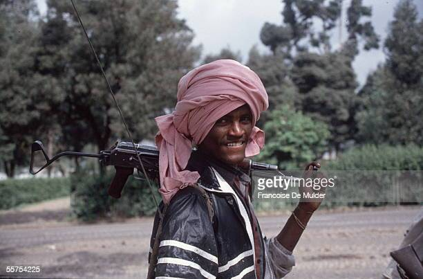 Fall of Addis Ababa Fighting of the FDRPE Revolutionary democratic Forehead of the Ethiopian people with the kalachnikov On 1991 FDM255 encore 5
