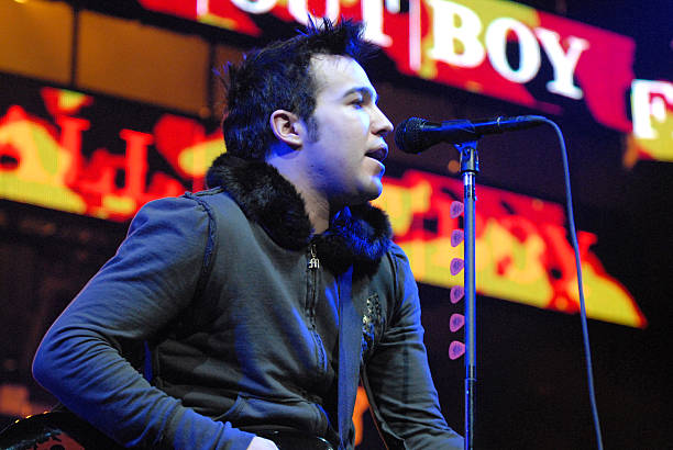fall out boy during kroq almost acoustic christmas 2006 night 1 fall out boy - Fall Out Boy Christmas