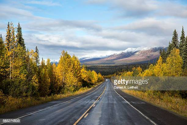 fall road trip - two lane highway stock pictures, royalty-free photos & images