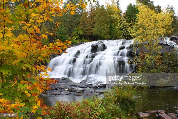 fall special - upper peninsula stock pictures, royalty-free photos & images