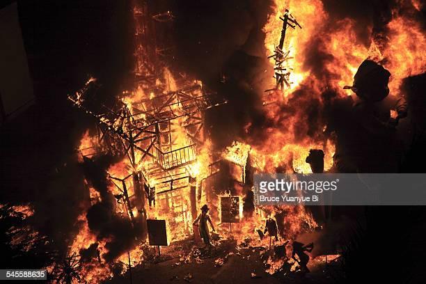 Fallas sculptures set on fire