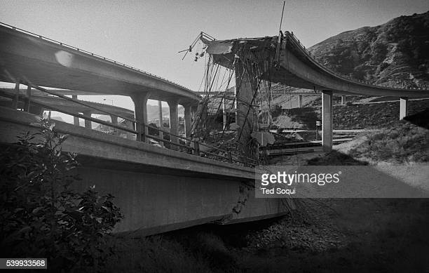 A fallen 14 freeway interchange at the I5 Northridge earthquake The earthquake measure a magnitude of 67 on the richter scale 57 people died and over...