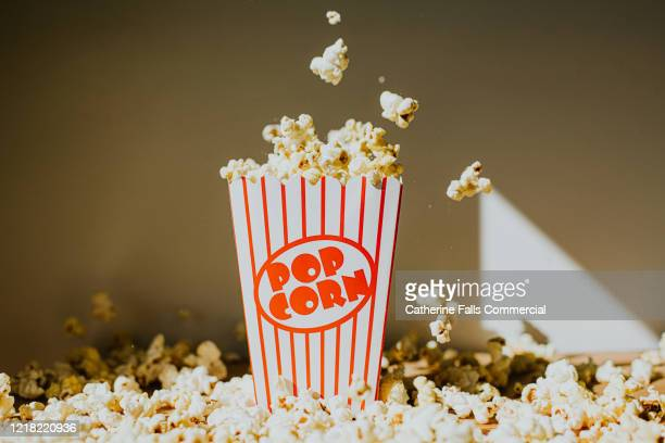 falling popcorn - publicity event stock pictures, royalty-free photos & images