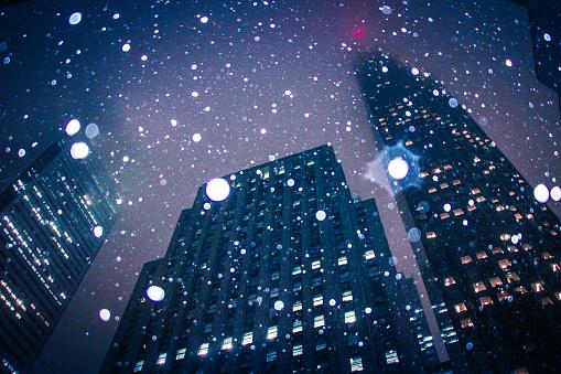 Falling Snow - gettyimageskorea