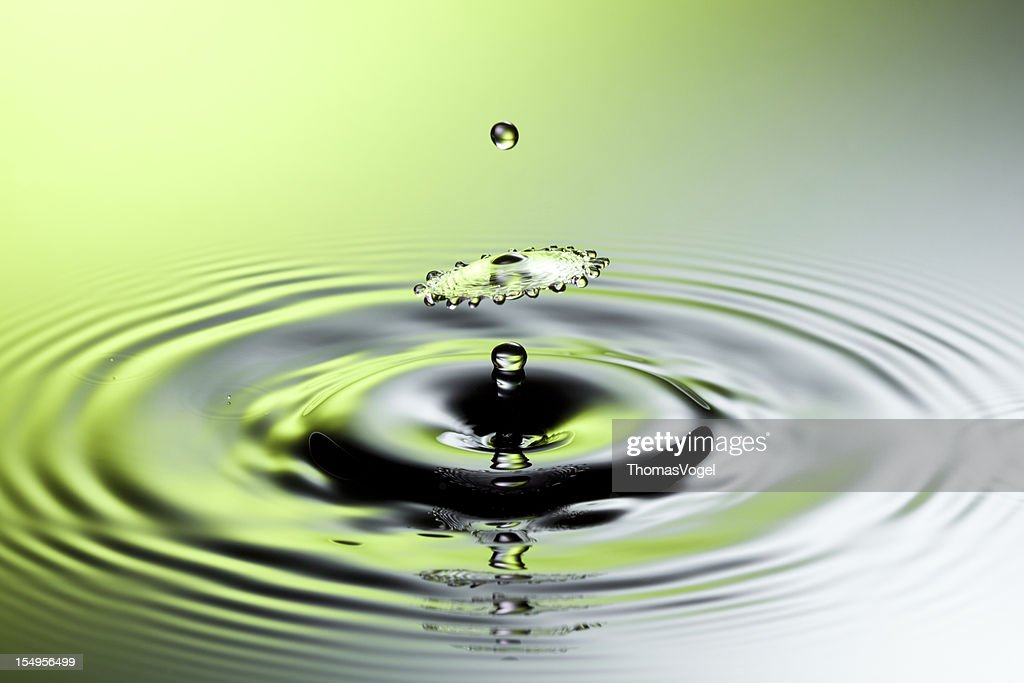Falling Water Splash Freeze Frame Motion Drop Stock Photo | Getty Images