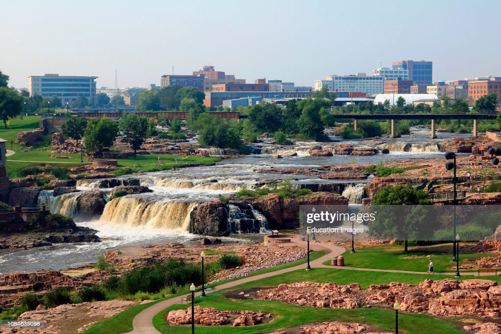 Falls Park in downtown Sioux Falls South Dakota : News Photo