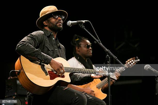 Fally Ipupa Pathway to Paris set up by Jesse Paris Smith and Rebecca Foon Live at Le Trianon Paris coinciding with the climate summit the COP21...