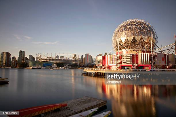 False Creek View of Science World in Vancouver, Kanada