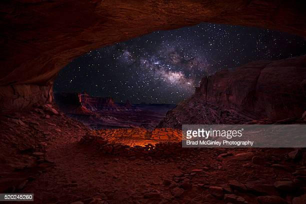 false kiva night life - canyonlands national park stock pictures, royalty-free photos & images