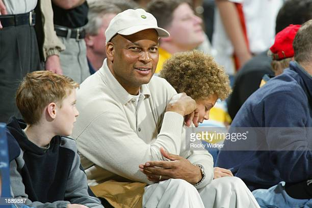 Famed San Francisco 49ers cornerback and safety, Ronnie Lott, watches the Golden State Warriors host the Washington Wizards at the Arena in Oakland...