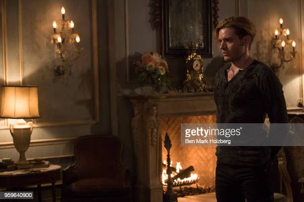 SHADOWHUNTERS 'Familia Ante Omnia' Clary faces down an old foe in an attempt to find answers about Liliths plan Alec and Magnus turn to Lorenzo Rey...