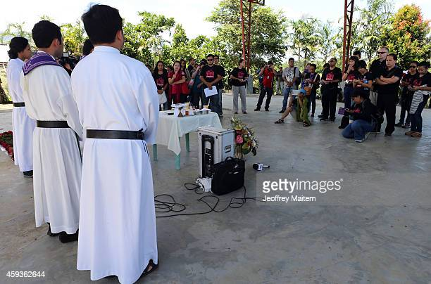 Families and relatives of massacre victims offer prayers at the site where five years ago 58 people 32 of them journalists were killed by members of...