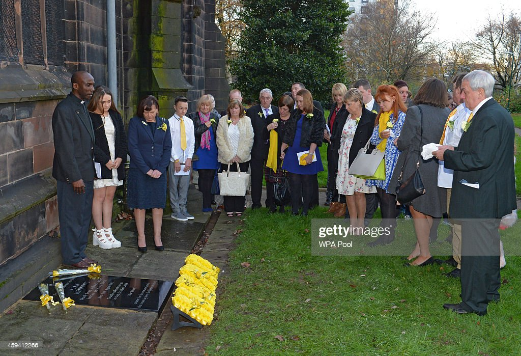 Alan Henning Memorial Service : News Photo
