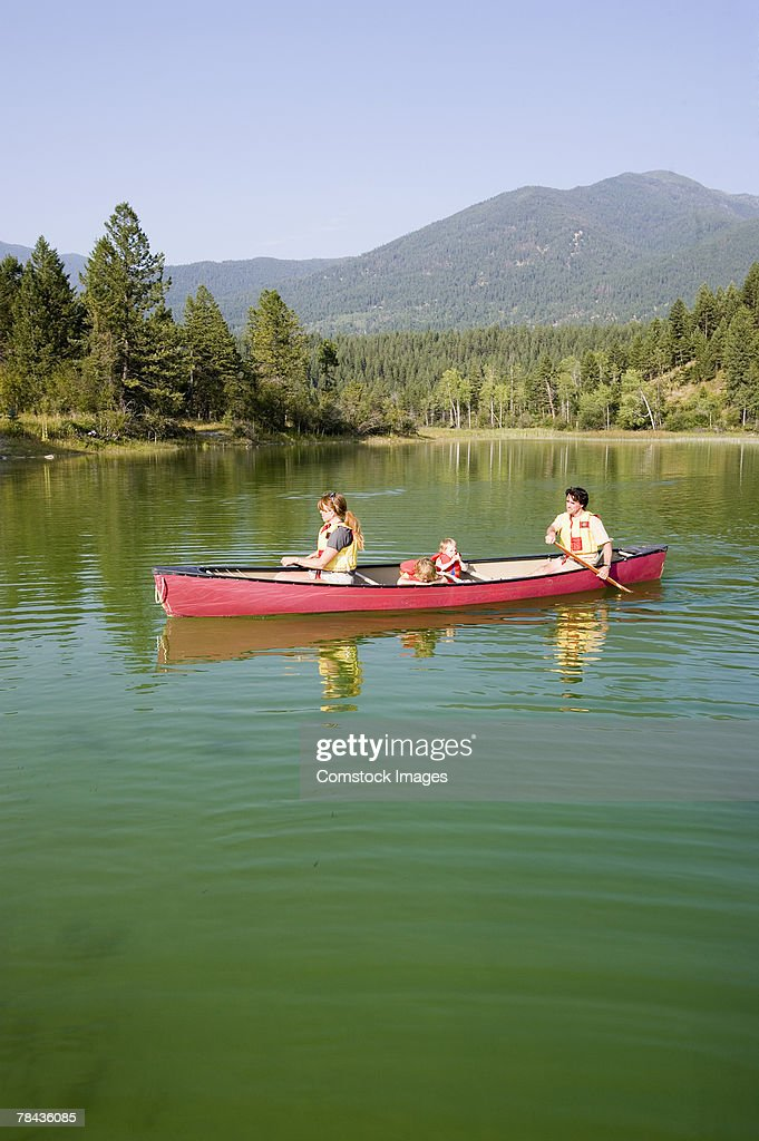 Family canoeing : Stockfoto