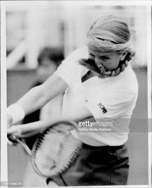 Family Circle Tennis NSW Open at White City Carina Karlsson Sweden vs Anne Minter Vic November 18 1985