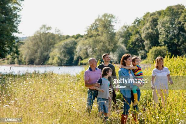 family day out - spring stock pictures, royalty-free photos & images
