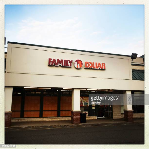 family dollar store - family dollar store stock pictures, royalty-free photos & images