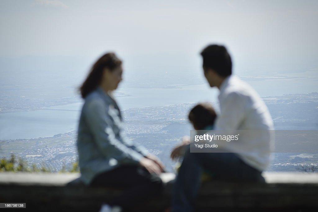 Family enjoying day out : ストックフォト