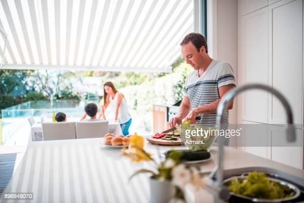 ご家族でのご昼食 - オーストラレーシア ストックフォトと画像