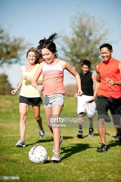 famiglia esercizio - fat soccer players foto e immagini stock