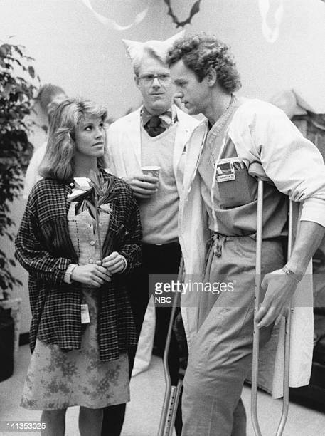 ST ELSEWHERE Family Feud Episode 15 Pictured Leah Ayres as Mona Polito Ed Begley Jr as Dr Victor Ehrlich David Morse as Dr Jack Morrison Photo by...