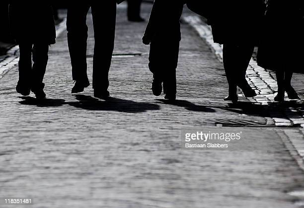 family footsteps - basslabbers, bastiaan slabbers stock pictures, royalty-free photos & images