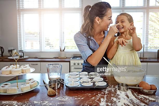 Diversión para la familia en la cocina