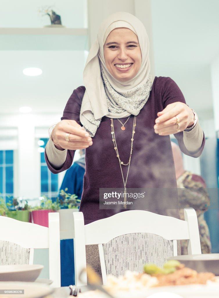 Family gathering in Ramadan : Stock-Foto