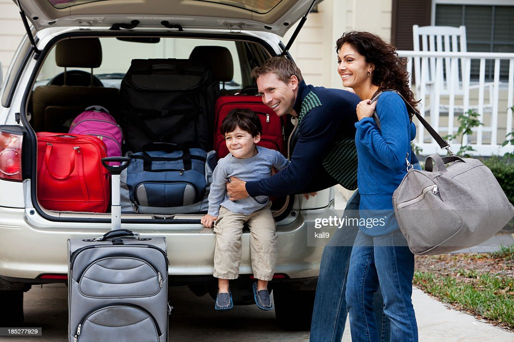 Family going on road trip : Stock Photo