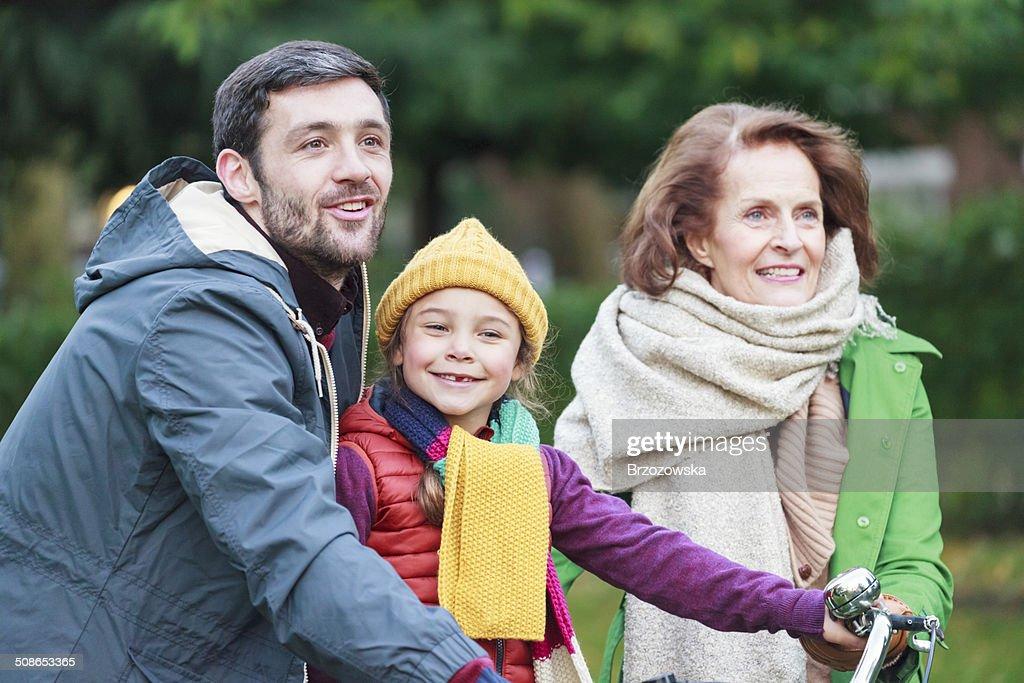 Family having fun in a park (London, UK) : Stock Photo