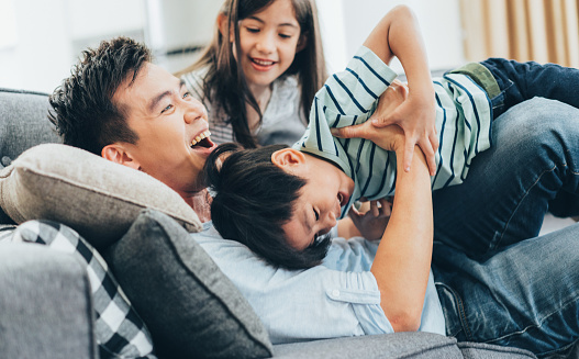 Family having fun 969385122