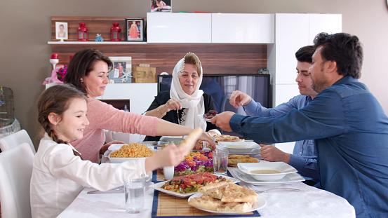 Family iftar meal in Ramadan 669968010