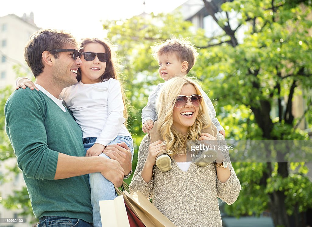 Family in shopping : Stock Photo