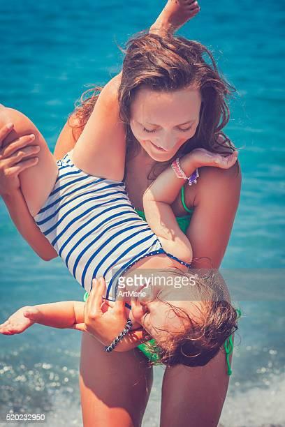 família no mar - família de um filho - fotografias e filmes do acervo