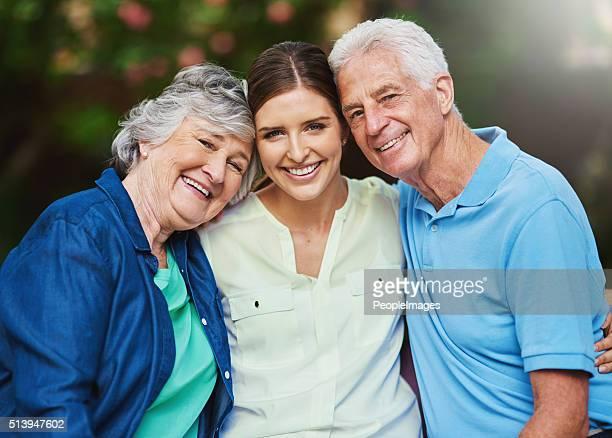 famiglia è per sempre - prole adulta foto e immagini stock