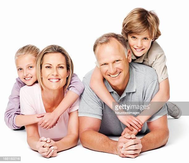 Familie liegen auf dem Boden zusammen-isoliert