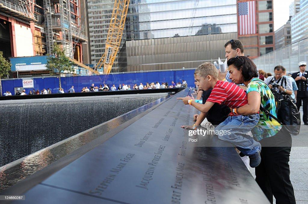 New York City Commemorates 10th Anniversary Of 9-11 Terror Attacks : News Photo
