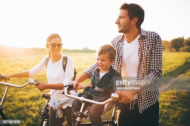 Les amateurs de vélo de famille