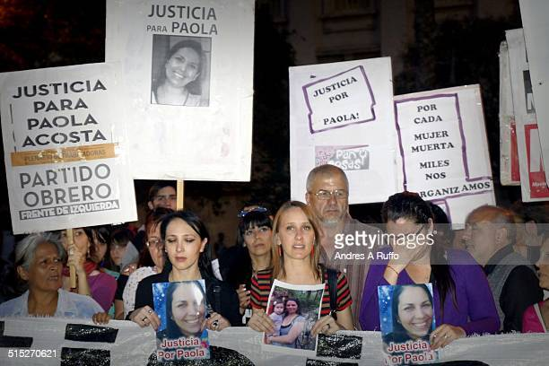 Family of murdered recent Paola Acosta and social organizations mobilize to protest femicides and no more critical to justice through the center of...