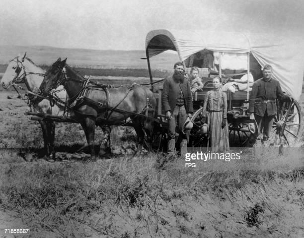 Immigrants 1800s Foto E Immagini Stock Getty Images