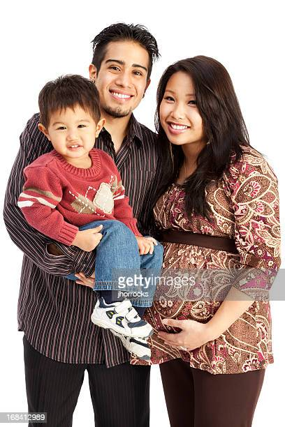 Family of Three on blanco