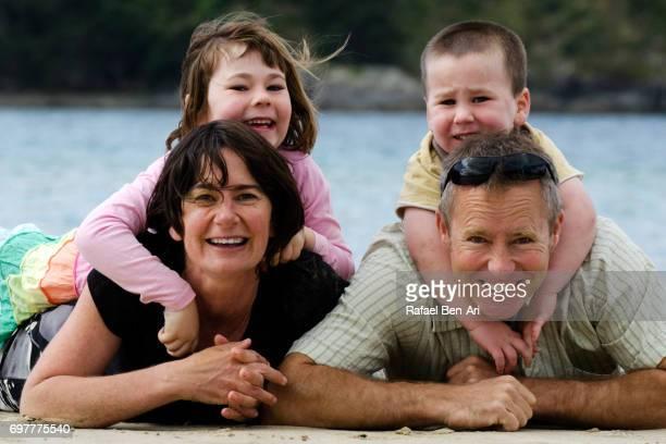 family on summer holiday vacation - rafael ben ari stock-fotos und bilder