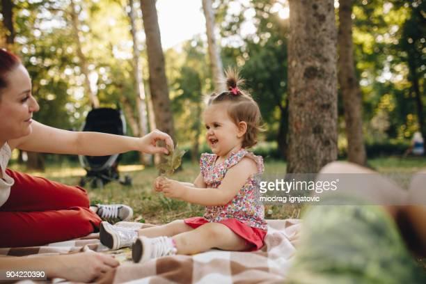 Familia al aire libre tiempo