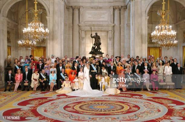 Family photo before the banquet at the Royal Palace
