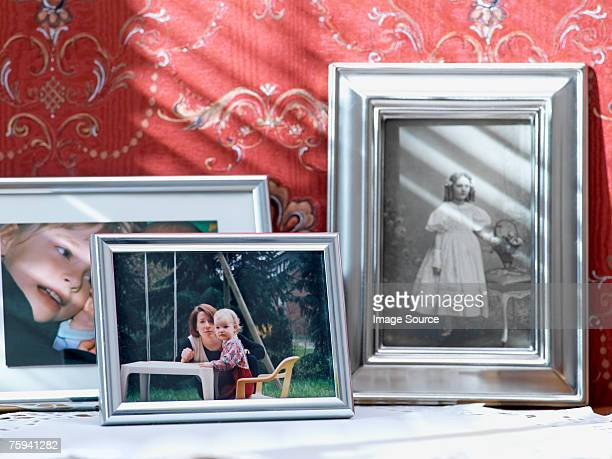 family photographs - photograph stock pictures, royalty-free photos & images